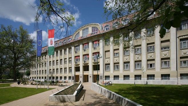 医師を志す若者がハンガリーに進学する理由