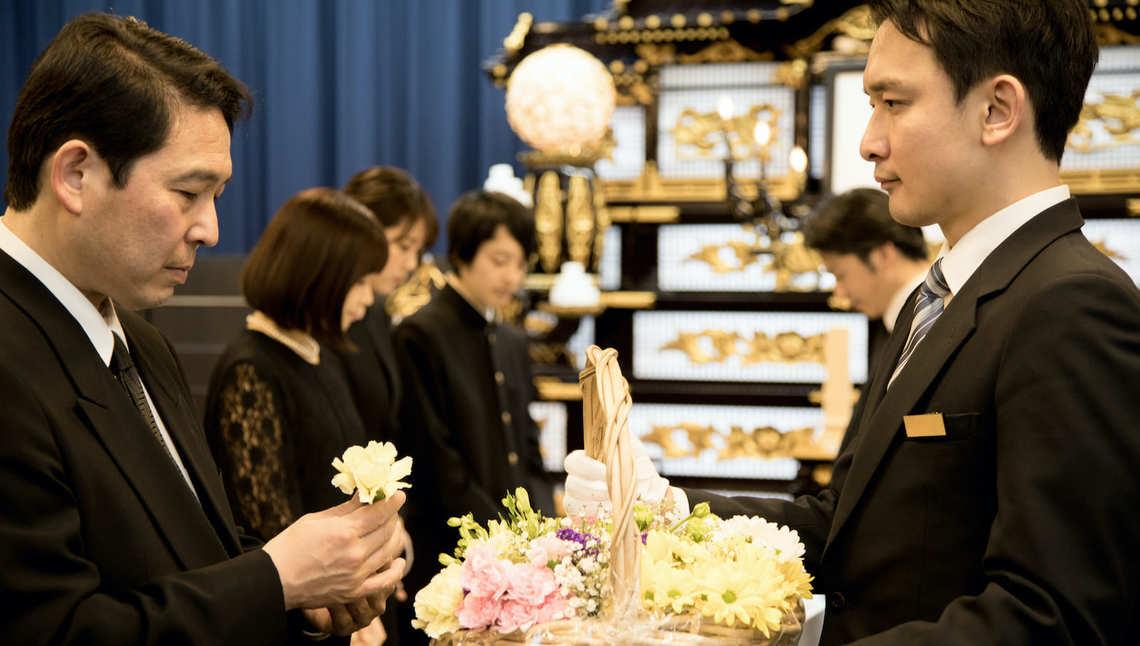 コロナ下の葬式」で遺族が苦労する5つの問題 | 家庭 | 東洋経済 ...