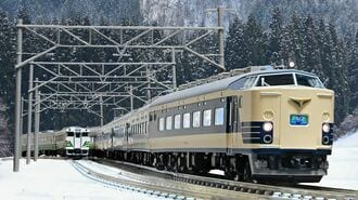 外出自粛下で鉄道写真家は何を撮っていたのか